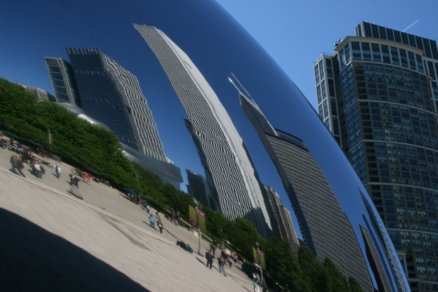 Cloud Gate weighs an incredible 98 tonne. Image: Jason Dutton-Smith