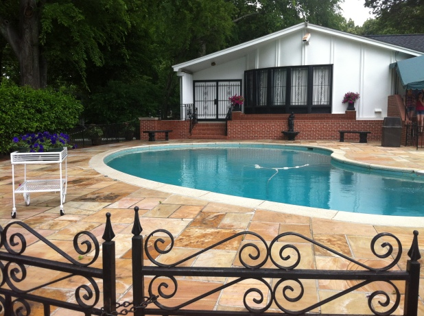 Graceland swimming pool and pool house - Photo credit Jason Dutton-Smith