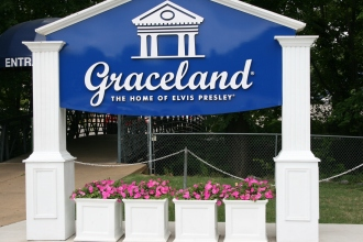 Entrance to Graceland - Photo credit Jason Dutton-Smith