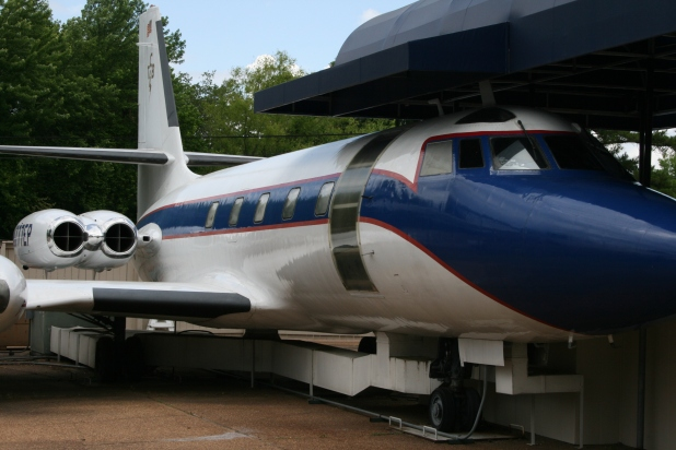 One of the two private aircraft that shuttled Elvis and his family - Photo credit Jason Dutton-Smith