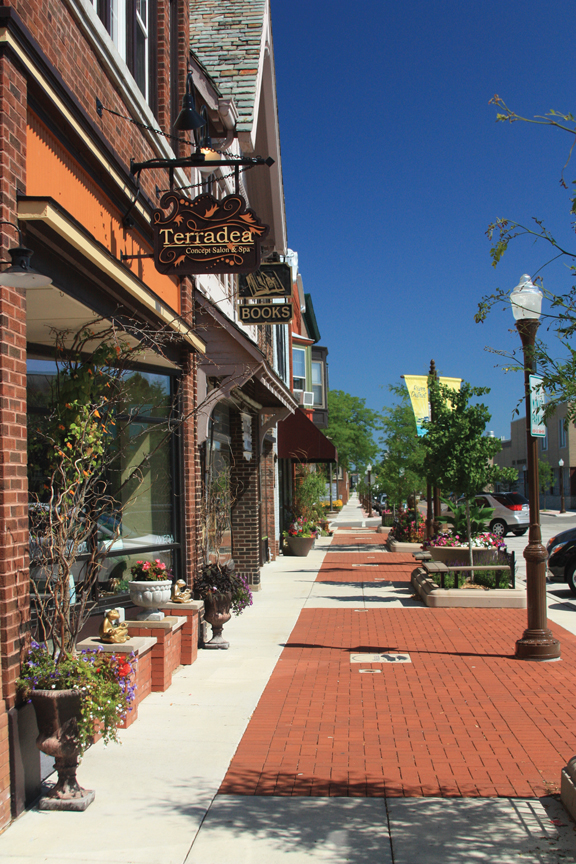 Downtown Wausau River District - Image courtesy of Wausau Convention and Visitors Bureau