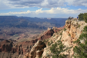 The south rim lookout over the Grand Canyon - can you spot the tourists?