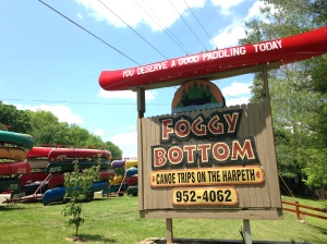 Entry to Foggy Bottom in Kingston Springs, Tennessee.