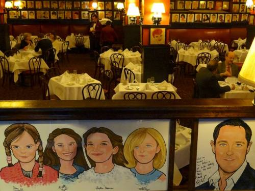Sardi's dining room - Courtesy Sardi's Facebook
