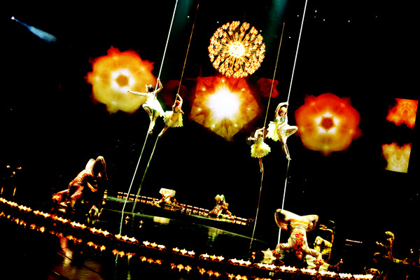Cirque du Soleil The Beatles LOVE - Photo credit: Tomas Muscionico
