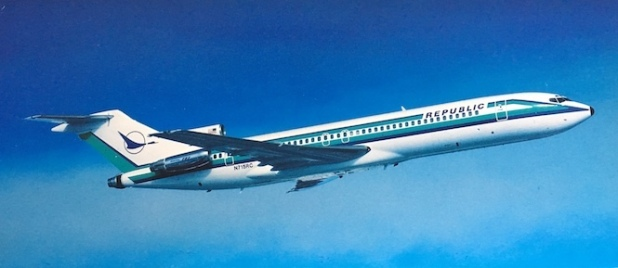 A departing Republic 727-2S7
